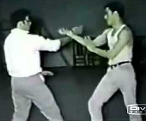 Bruce Lee-Advanced-Sticky-Hand-Stance